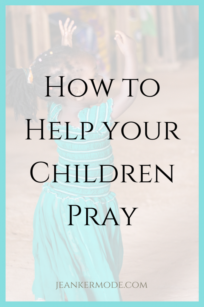 Parents of 3-6 year olds: do you want to help you child learn to pray? Check out this strategy based on Montessori principles and used in Catechesis of the Good Shepherd. www.jeankermode.com | prayers for kids, Catechesis of the Good Shepherd faith, raising Catholic kids, #montessori